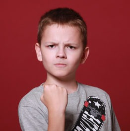 Pugno di Ferro: usalo o la vita travolgerà tuo figlio